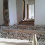 Tag 1: So sieht's unter dem Fußboden aus