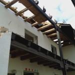 Tag 4: Der Dachstuhl wird entfernt