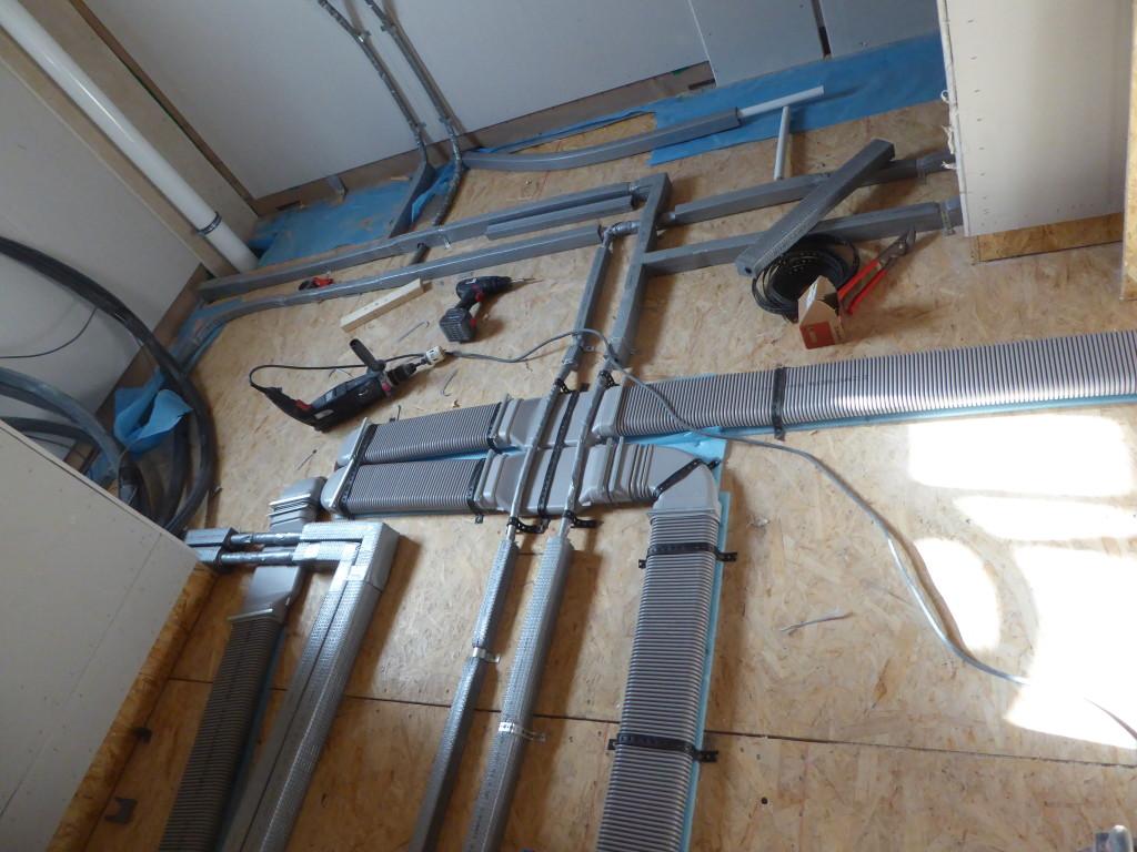 Installationsleitungen im Bad